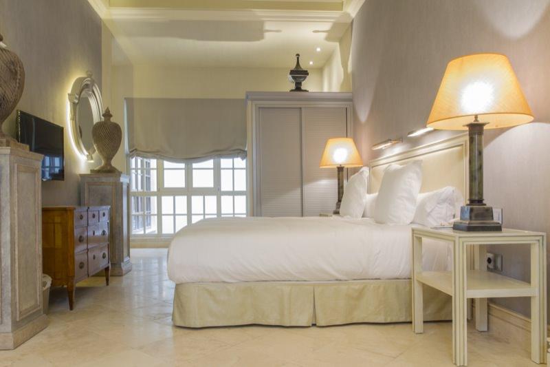 https://casadelpoeta.es/wp-content/uploads/2014/12/Hotel-boutique-Sevilla-suit_MG_6076-OK.jpg